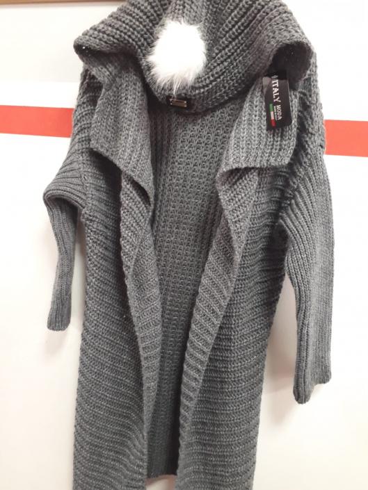 Dlouhý svetr šedý s kapucí